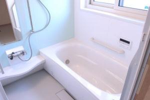 掃除をされたきれいなお風呂